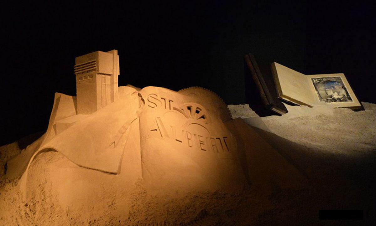 Lumière-sur-les-Cités-©-Sculpture-de-sable-Enguerrand-David-&-Photo-Patricia-Mathieu